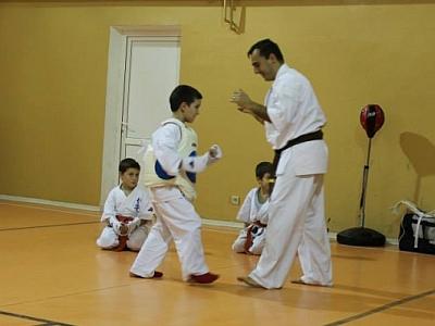 antrenament sala karate kyokushin tg jiu